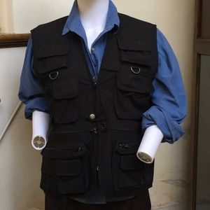 Vest with 14 pockets mw 18